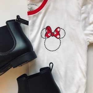 NWOT Disney Minnie Mouse Red & White T-Shirt